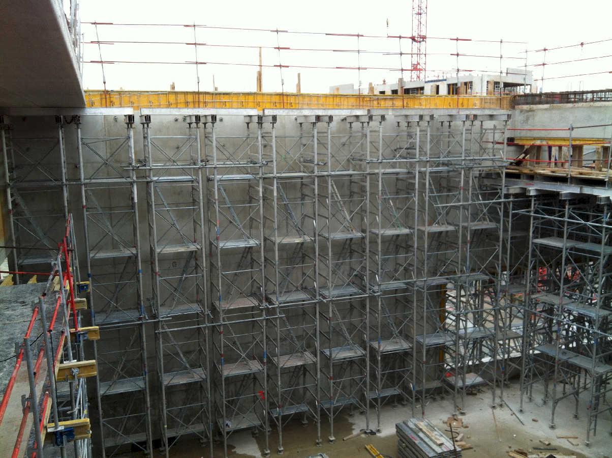chantier_sfr_campus_etaiement_grande_hauteur_gymnase_realise_au_sein_de_la_societe_haki_en_tant_que_technicien_be_light