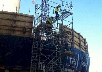 accès chantier sur coffrage grimpant – Silo Calcia