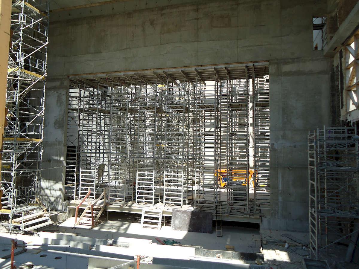 Etaiement du mur de scène au Centre Culturel et de Congrès de Montrouge