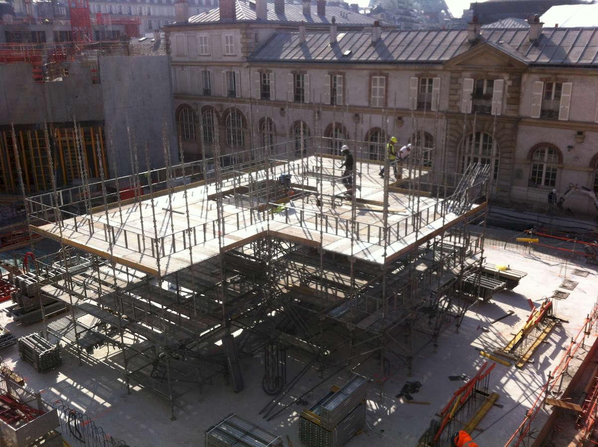 chantier_centre_culturel_orthodoxe_russe_paris_7_montage_plateforme_intermediaire_damarrage_des_banches