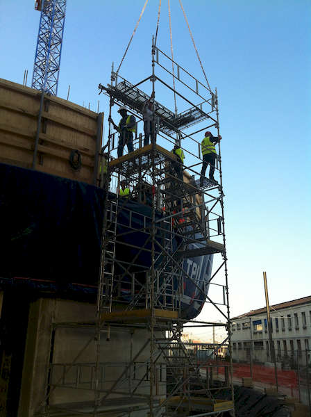 chantier_silo_calcia_paris_13_montage_acces_chantier_sur_coffrage_grimpant_light